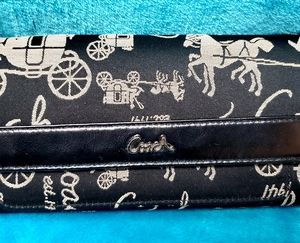 🐎COACH Signature horse & buggy check book wallet